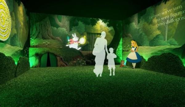 Expo interativa da Alice no País das Maravilhas