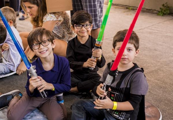 Nesse Domingo, 20/11 tem Mundinho Geek no aniversário do Planetário da Gávea!