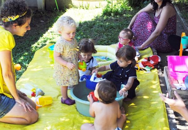 Creches parentais buscando uma alternativa à educação convencional