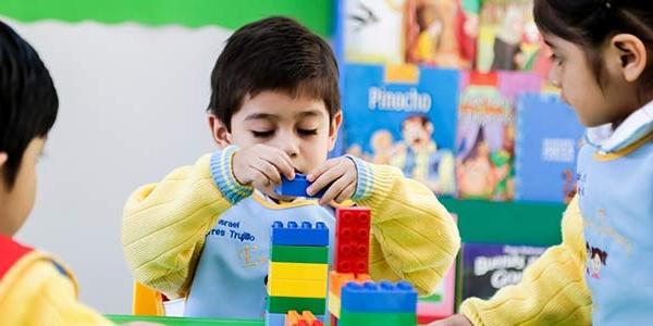 Dica de jogo com Lego para brincar e aprender