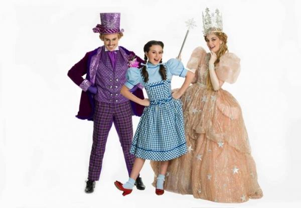 """Em cartaz! Musical """"O Mágico de Oz"""" aposta em efeitos especiais"""